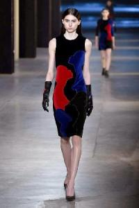 christopher-kane-autumn-winter-2015-look-4__thumbnail